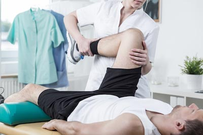 Difference Between  Physiatrists and Physical Therapists